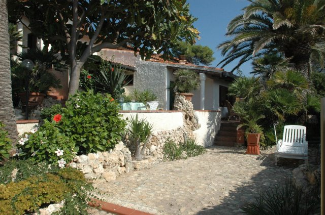 Holiday house Villa Tanah-Lot (870906), Fontane Bianche, Siracusa, Sicily, Italy, picture 12